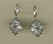 Oxi-Shapes Fleur Earrings